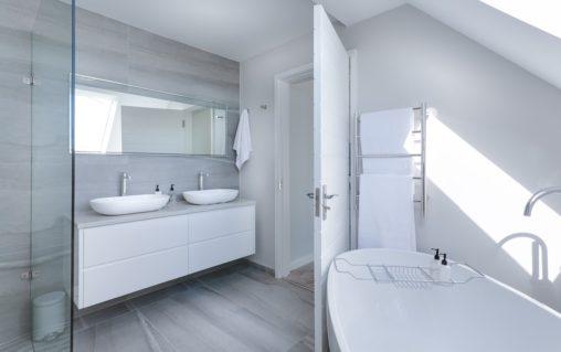 bagno moderno ristrutturato